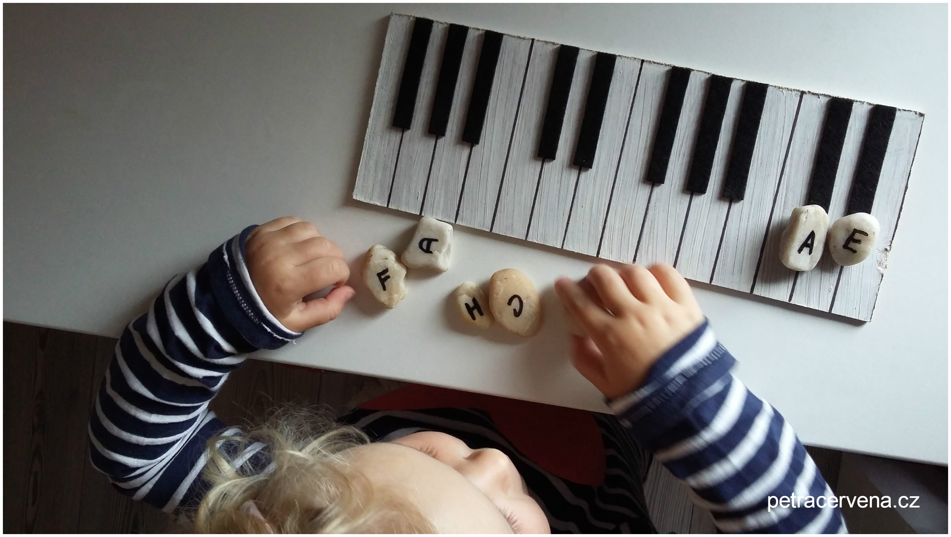 Pro malé hudebníky – vyrobte si klaviaturu z překližky